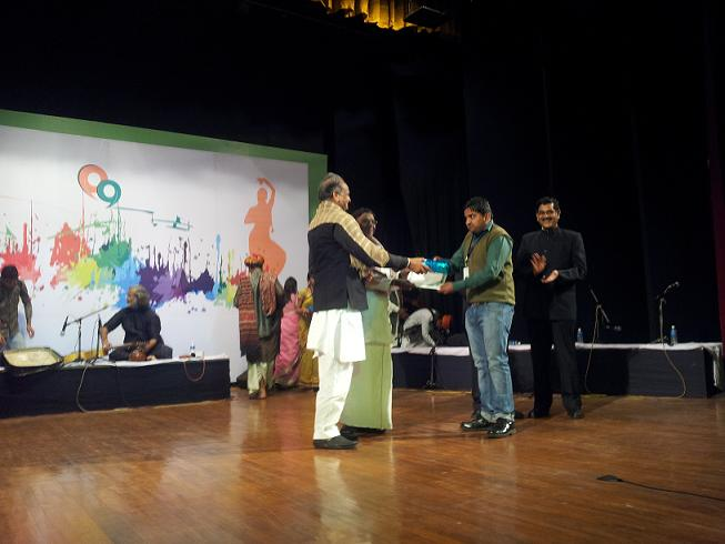 Certificate to Mr. Virendra Pathak (VLE, Lohari)